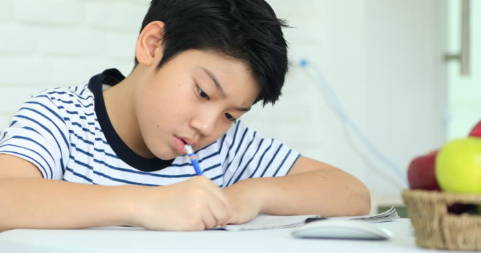 Daily Life of Xiaolin: Math Exam