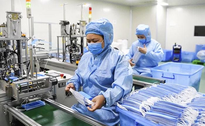 China Faces Surgical Mask Shortage amid Coronavirus Outbreak